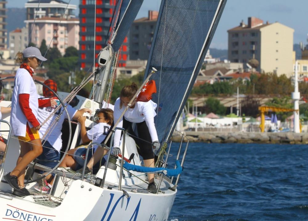 4. Deniz Kızı Ulusal Kadın Yelken Kupası'ndan Renkli Kareler 10