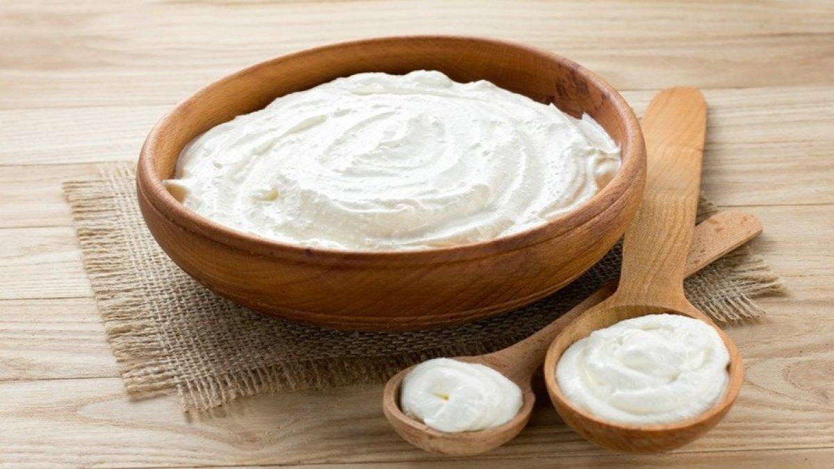 3 Malzeme İle 5 Adımda Sağlıklı Yoğurt Tarifi