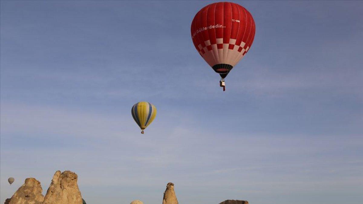 Hava balonunun tanıtımı ve test uçuşu dolayısıyla tören düzenlendi.