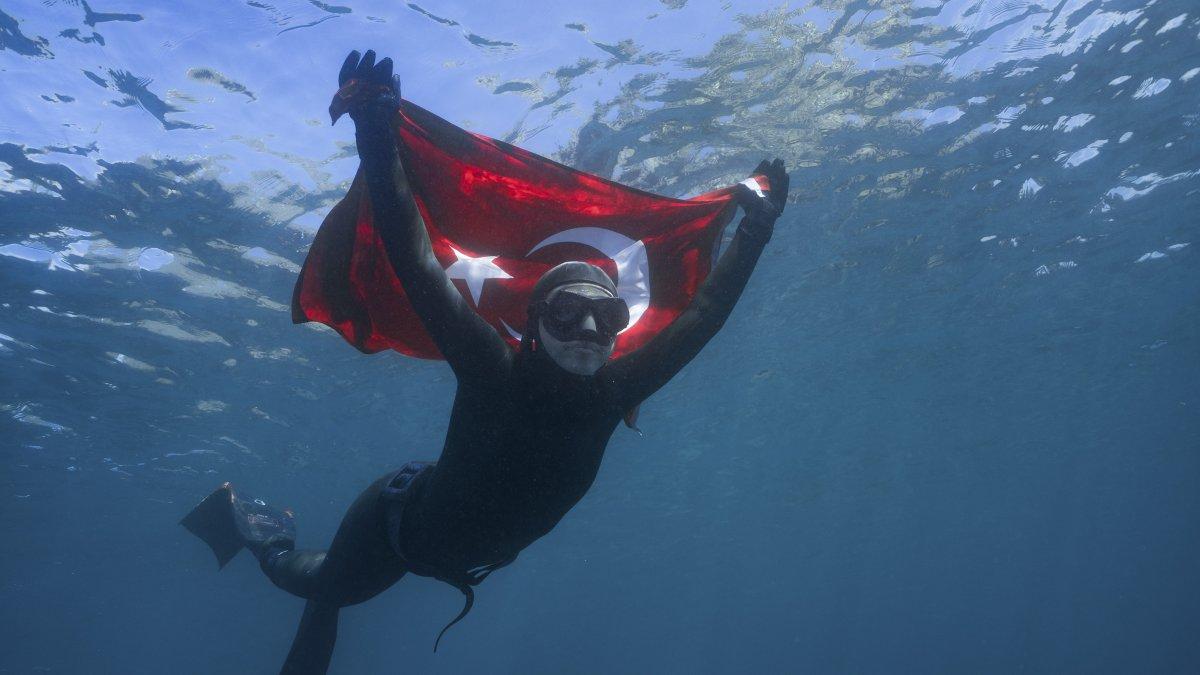 Şahika Ercümen Guınness Dünya Rekorlar Kitabı'na Girmek İçin Gilindere Mağarası'na Dalıyor