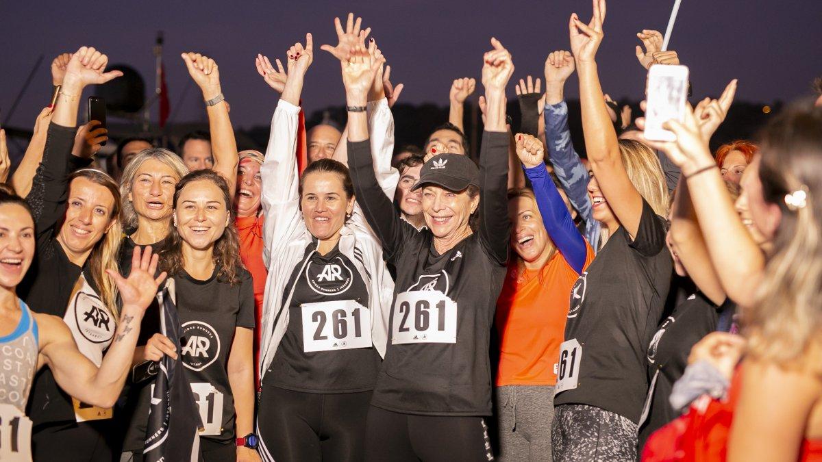 Kadınlara Maratonun Kapılarını Açan 72 Yaşındaki Kathrine Switzer Boğaz'da Koştu