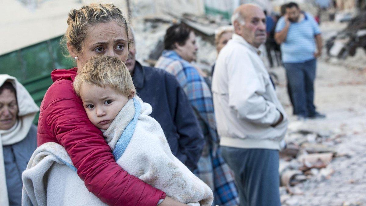 Çocuklar depremin yaratacağı travmayla nasıl başa çıkabilir?