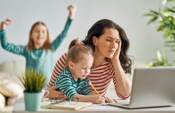 Evden çalışan kadınlar dikkat! Nelere dikkat etmeli?