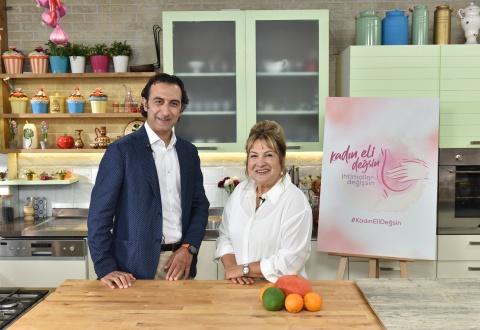 """Sahrap Soysal meme kanseriyle mücadeleye """"Kadın Eli Değsin, İhtimaller Değişsin!"""" diyor"""