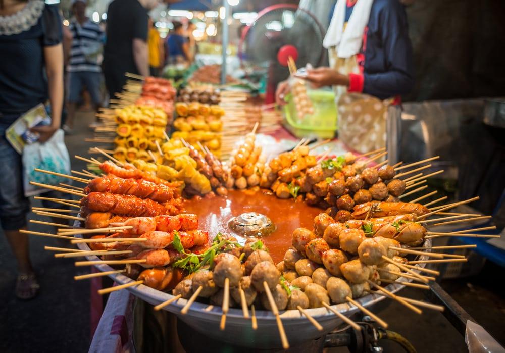 Dünyaca ünlü şehirlerin sokak lezzetleri