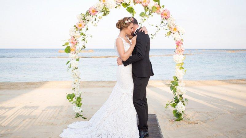 Düğün stresinden kurtulmak için bu uyarılara kulak verin!