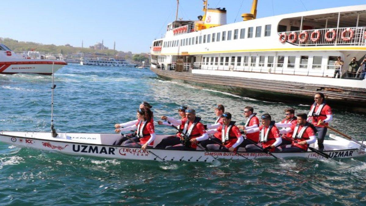 İstanbul'dan Samsun'a 19 gün kürek çekecekler