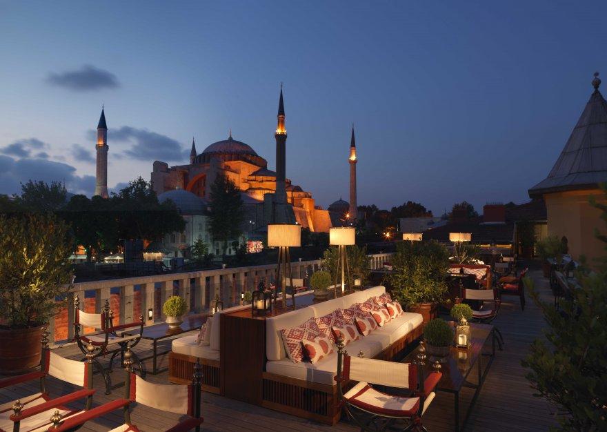 1574080943-four-seasons-hotel-sultanahmet-a-ya-terrace-1.jpg