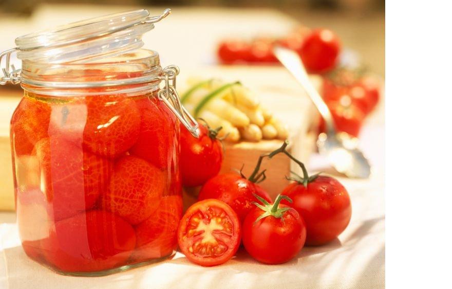 conserve-de-tomates-pelees-facon-grand-mere.jpeg