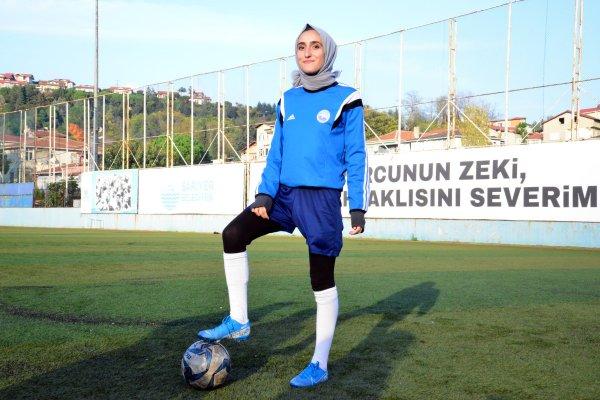 kiz-futbol-2.jpg