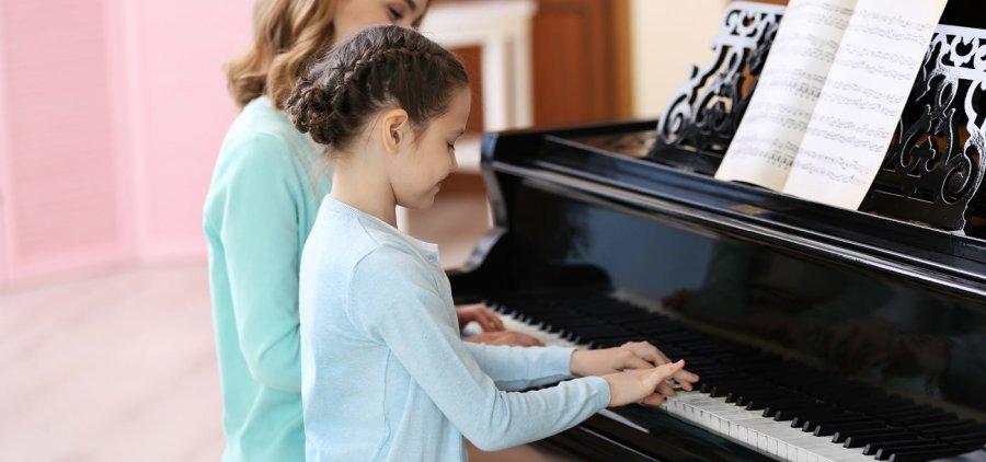 pianoteacher.jpg