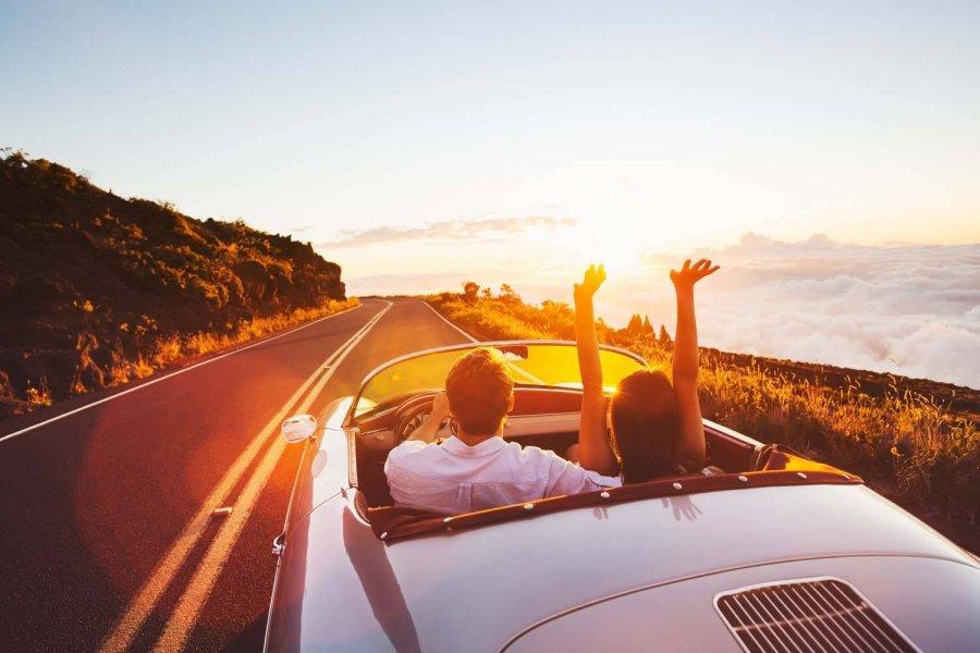 seyahat-etmek-mutluluk-seviyenizi-arttirir.jpg