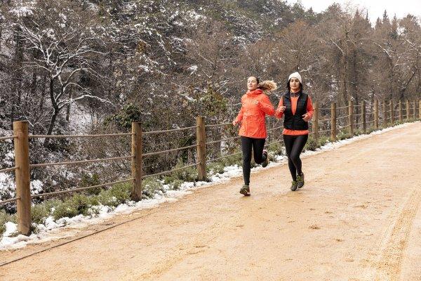 trail-sisters-nuray-bulut-goktepe-bahar-baltaci-2-001.jpg